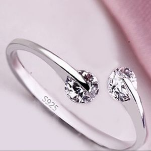 Jewelry - NEW adjustable sterling silver 925 Rhinestone ring